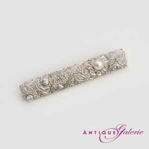 Brosche Platin mit Diamant und Perle